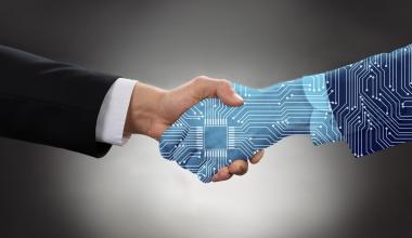 VKB erwirbt digitalen Versicherungsmanager von CLARK