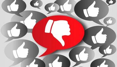 Versicherungsbranche: Kundenvertrauen mies – was tun?