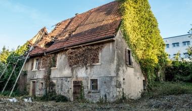 Mietrecht: Verfallenes Haus darf nicht geräumt werden