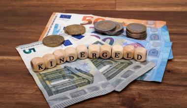 Kindergeld: Wann hat ein behindertes Kind lebenslang Anspruch?