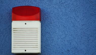 Hausbesitzer muss für Fehlalarm seiner Alarmanlage zahlen