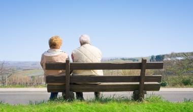 Welche Rentenreformen den Anstieg der Altersarmut (nicht) aufhalten