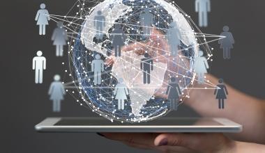 Wie Auszubildende auf die neue digitale Versicherungswelt vorbereitet werden