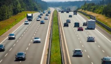 So viele Kilometer legen die deutschen Autofahrer pro Jahr zurück