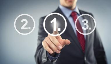Versicherungsmakler wählen Service-Favoriten in PKV und Pflege