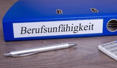 PremiumCircle bewertet erneut Leistungsverhalten der BU-Versicherer
