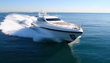 Von der Jolle bis zur Yacht – Versicherungsschutz für Boote