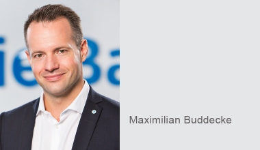 die Bayerische baut Online-Reiseversicherung über Vermittler aus