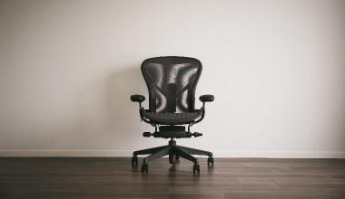 Hans John entwickelt Bürohaftpflichtkonzept für Vermittler
