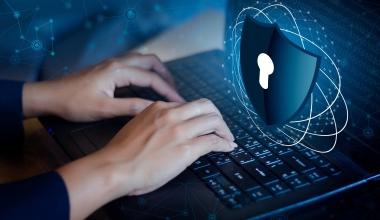 Provinzial Rheinland: Cyberschutz für KMU und Privatkunden