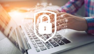 ROLAND bringt Cyberrechtsschutz für Gewerbekunden