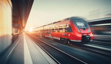 Cyberschutz für Bahnunternehmen – DVA, Hiscox und Cylus kooperieren
