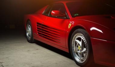 Bauordnungswidrigkeit: Nachbarin haftet für Schäden an Ferraris