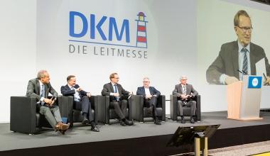 """DKM-Entscheiderrunde: """"Bis jetzt können Maschinen keine Empathie"""""""