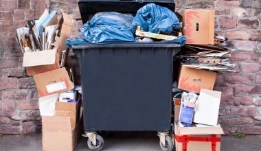 Hauseigentümer haften für Abfallbeseitigungsgebühren der Mieter