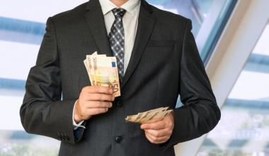 Ein Drittel der unabhängigen Vermittler bezahlt Gebühren für Poolleistungen