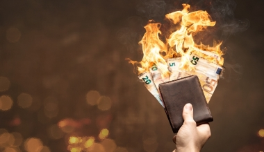 Deutsche Sparer verbrennen 34 Mrd. Euro in zwölf Monaten