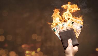 So viel Geld haben deutsche Sparer im ersten Halbjahr verbrannt