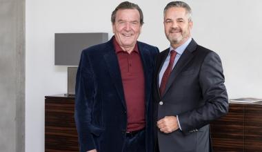 Gerhard Schröder übernimmt Vorstandsposten im BVUK. Verband