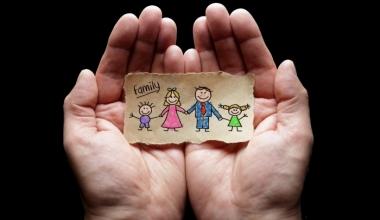 """Kinderabsicherung: """"Krankenzusatz- und Unfallversicherung sollten frühestmöglich abgeschlossen werden"""""""