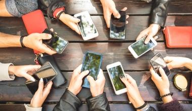 Neuer Fidelity Fonds setzt auf rasanten Wandel der Kommunikation
