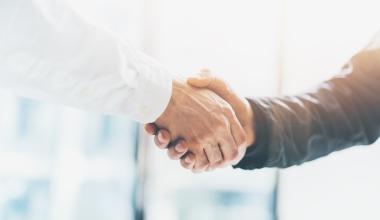 Ellwanger & Geiger und FLEX Fonds vereinbaren umfangreiche Kooperation