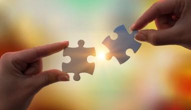 VHV und DUAL Deutschland geben Partnerschaft bekannt