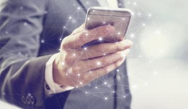 """blau direkt präsentiert neue Version der Kunden-App """"simplr"""""""