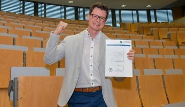 Jungmakler-Award-Gewinner wird Finanzfachwirt (FH)