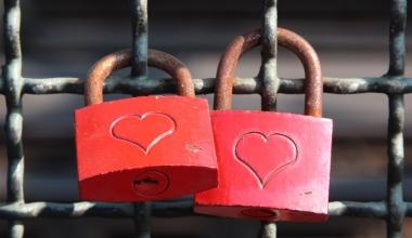 Alte Liebe rostet nicht: Deutsche bleiben Sparbuch treu
