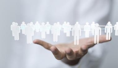 Versicherungsmitarbeiter identifizieren sich kaum mit der eigenen Marke