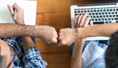 bAV: Diese Versicherer empfehlen Makler befreundeten Kollegen