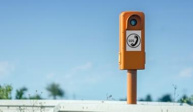 Auf jeden Autobahnkilometer kommen 3,7 Notrufe