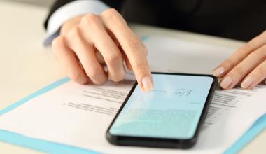 Plattform werversichert.es digitalisiert Risikovoranfrage