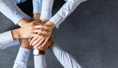 Policen Direkt startet Partnermodell für Makler