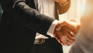 Fondspolicen: Athora und DWS geben Partnerschaft bekannt