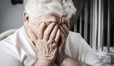 Pflegeversicherung: Zwischen Hochglanz und Realität