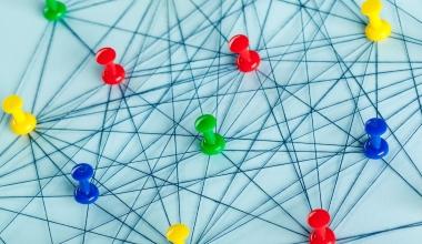Makler und Pools – Was ist bei der Zusammenarbeit zu beachten?