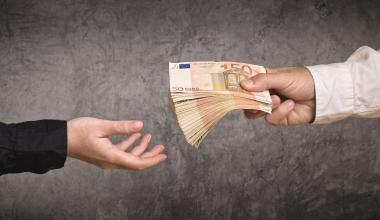 Provisionsvorschüsse: Wann kann ein Versicherer sie zurückfordern?