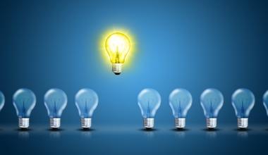 Auszeichnungen für innovative Produkte und Bildungsideen in der Assekuranz