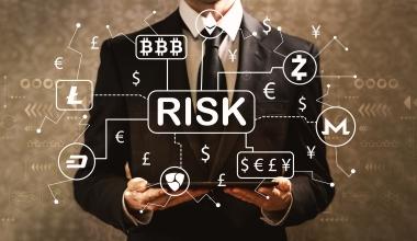 Sachkundige Anleger gehen höhere Risiken ein