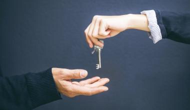 Versicherungsgruppe die Bayerische beteiligt sich an Domicil Real Estate