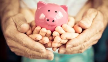 Über die Hälfte der Eltern sorgen finanziell nicht für Kinder vor