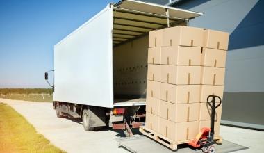Finanzchef24 bietet Vergleichsrechner für Transportversicherungen