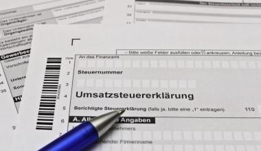 Umsatzsteuerpflicht im Maklerbüro: Auf die Tätigkeit kommt es an