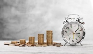 Vermittler: So viel Zeit und Geld kostet die Regulierung