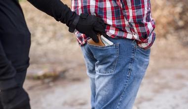 Sturz bei Verfolgungsjagd: Zahlt die gesetzliche Unfallversicherung?