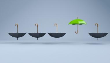 Studie: Liegt die Zukunft von Finanzanlagenvermittlern unter dem Haftungsdach?