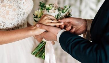 bAV: Hinterbliebenenrente ist nicht von Ehedauer abhängig