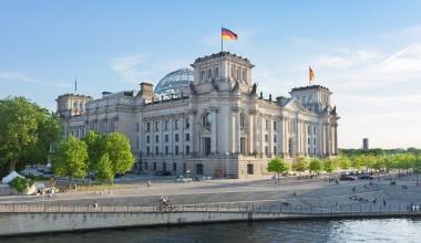 Sachverständige äußern Kritik an Betriebsrentenreform im Bundestag